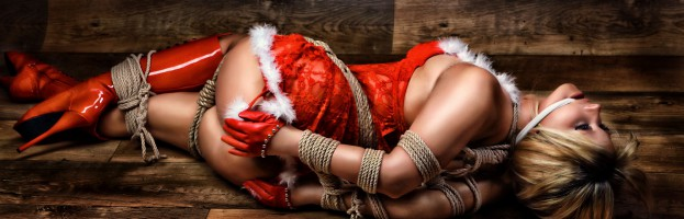 Merry Christmas – Fine Art of Bondage