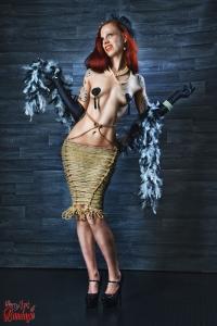 Burlesque Lady - Fine Art of Bondage