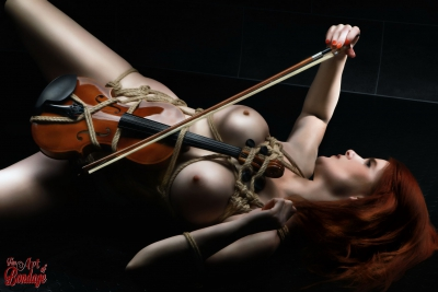 Nude Violin - Fine Art of Bondage